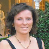 Dr. Sabrina Sommatis